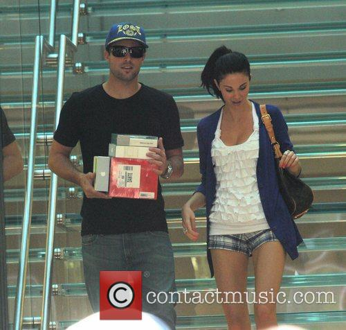 Brody Jenner and Jayde Nicole Go Shopping At The Aple Store In Hollywood 8