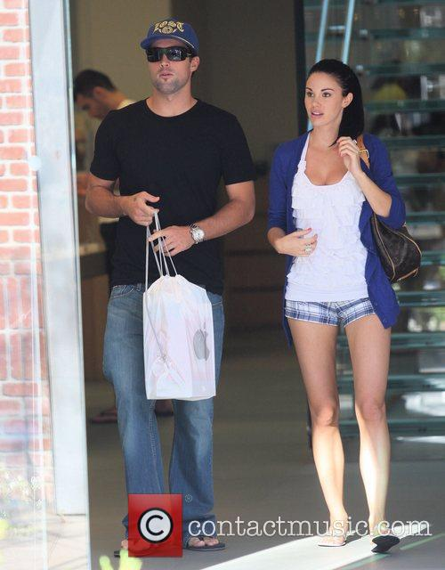 Brody Jenner and Jayde Nicole Go Shopping At The Aple Store In Hollywood 9