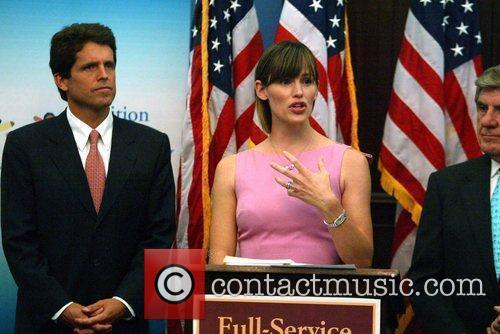 Artist Ambassador and Jennifer Garner 11