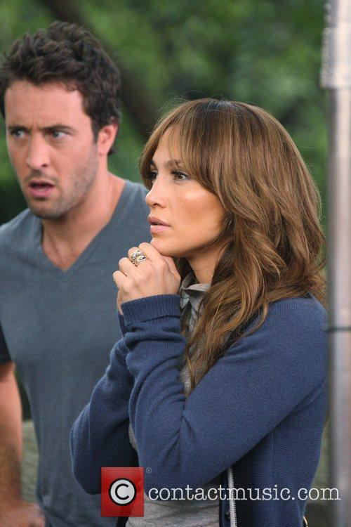 Jennifer Lopez and Alex O'loughlin 8