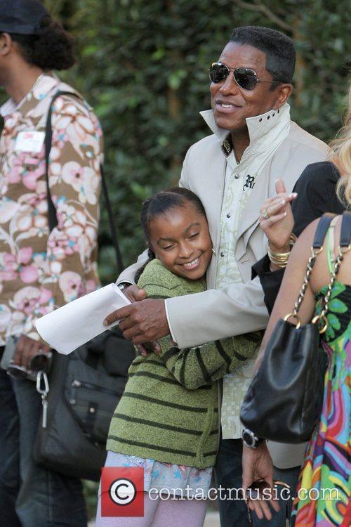 Jermaine Jackson visit a luxury condo open house...