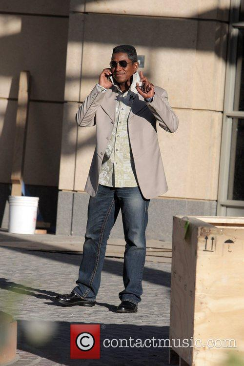 Jermaine Jackson visits a luxury condo open house...