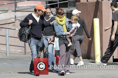Jessica Alba, Cash Warren, Their Dughter, Honor Marie Warren and Have Breakfast At The Griddle In West Hollywood With Friends. 10