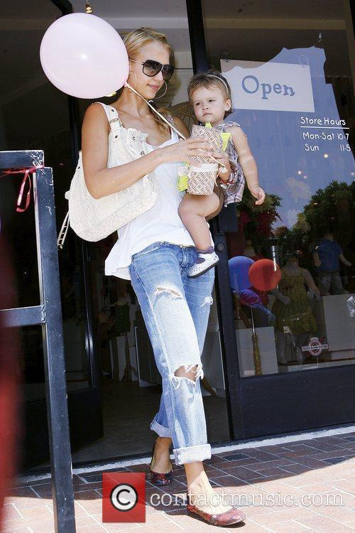 Jessica Alba and Her Daughter Honor Marie Warren 7