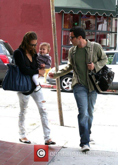 Jessica Alba, Cash Warren, Their Daughter and Honor Marie Warren 7