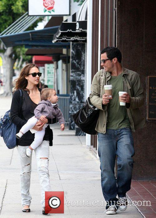 Jessica Alba, Cash Warren, Their Daughter and Honor Marie Warren 3
