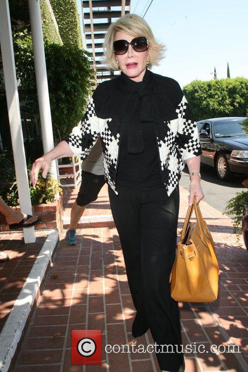 Joan Rivers, Carrying A Tan Hermes Handbag and Arrives At Fred Segal For Lunch 2