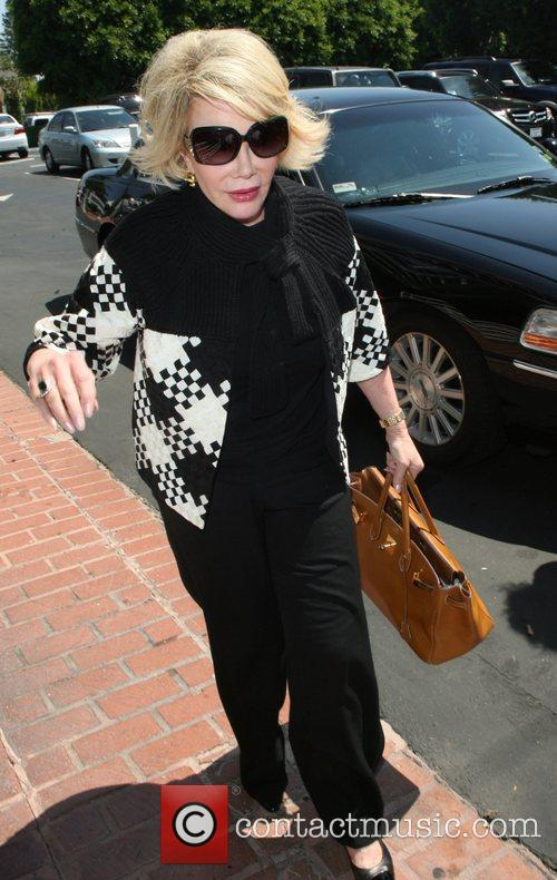 Joan Rivers, Carrying A Tan Hermes Handbag and Arrives At Fred Segal For Lunch 1