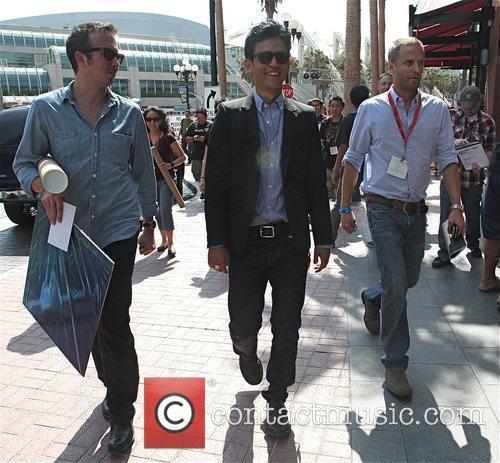 Attends Comic Con 2009
