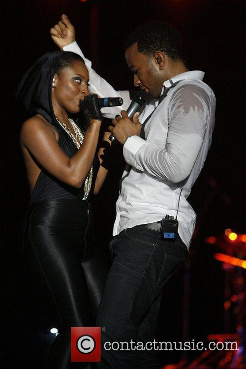 Foxy Brown and John Legend 1