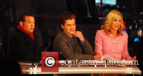 Lara Spencer, Jon Gosselin and Levi Johnston co-host...