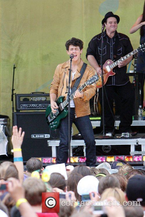 Jonas Brothers 23