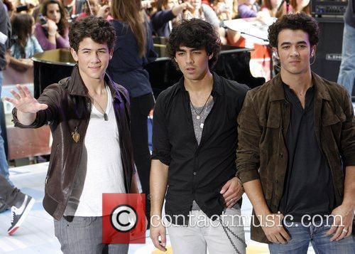 Jonas Brothers and NBC 19