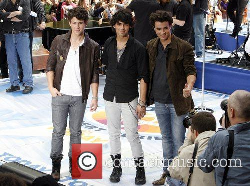 Jonas Brothers and NBC 4