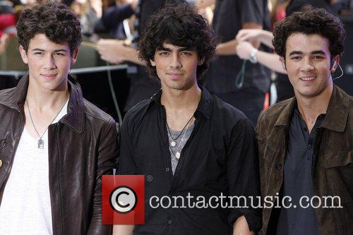 Jonas Brothers and NBC 14