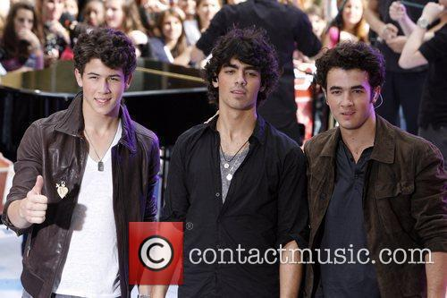 Jonas Brothers and NBC 18