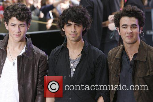 Jonas Brothers and NBC 13