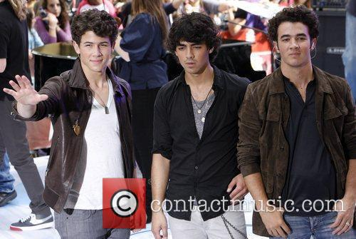 Jonas Brothers and NBC 9