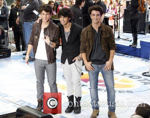 Jonas Brothers and NBC 3