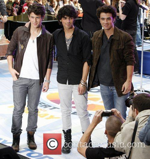 Jonas Brothers and NBC 6