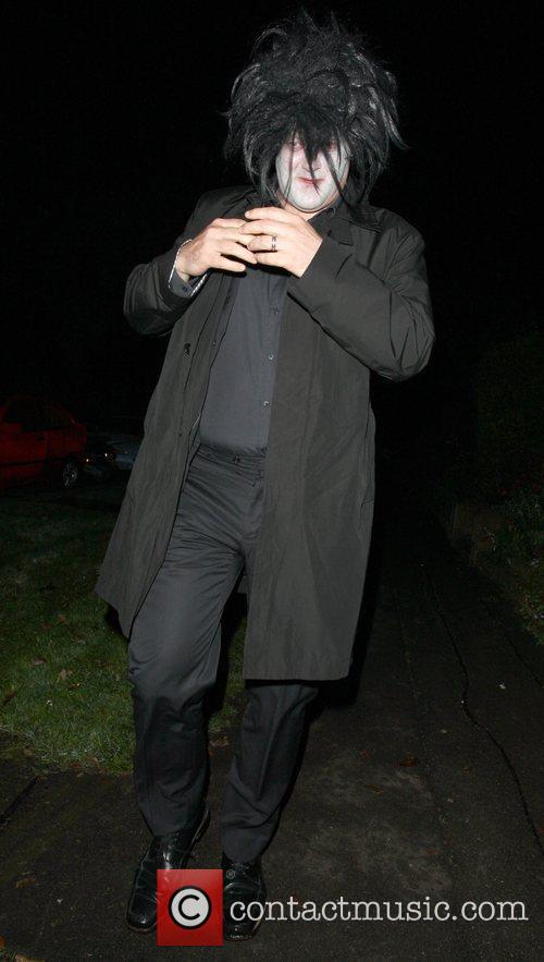Arriving at Jonathan Ross' Halloween Party.