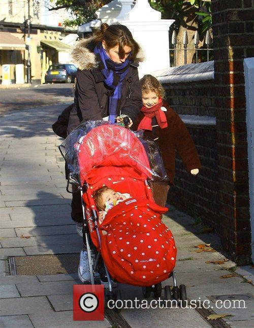 Jools Oliver leaving home with daughters Poppy Honey...