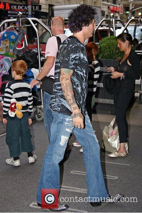 Celebrities arriving at the Manhattan hotel