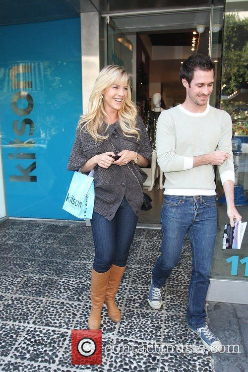 'Dexter' actress Julie Benz leaves Kitson on Robertson...