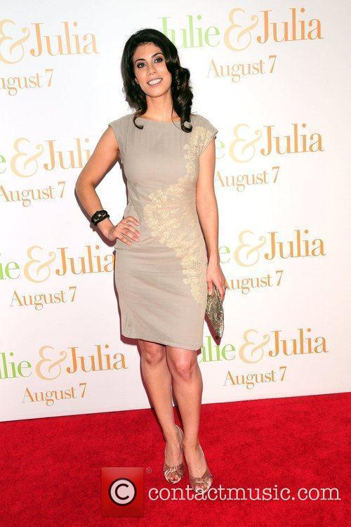Attends the 'Julie & Julia' premiere at the...