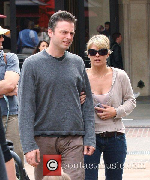 'Weeds' star Justin Kirk shopping in Hollywood with...