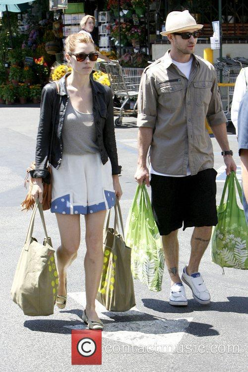 Jessica Biel and Justin Timberlake leaving Whole Foods...