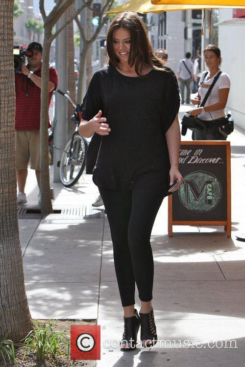 Khloe Kardashian Shopping With Her Sister In Beverly Hills 2