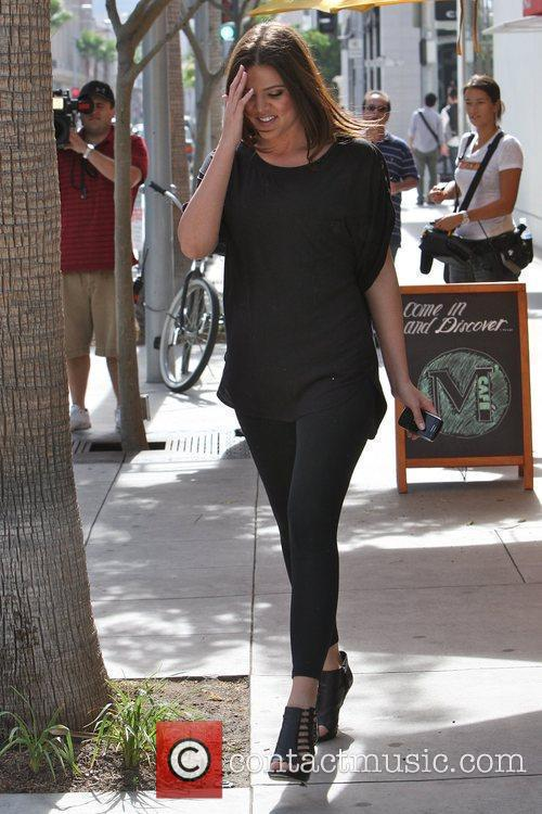 Khloe Kardashian Shopping With Her Sister In Beverly Hills 4