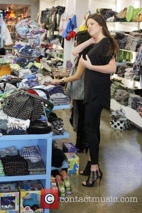 Khloe Kardashian Shopping With Her Sister At Kitson For Kids While Filming A Segment For Their Reality Tv Show 1