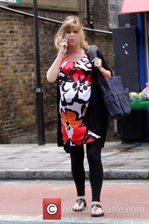 A Heavily Pregnant Kate Garraway Crossing The Street Talking On Her Mobile Phone 6