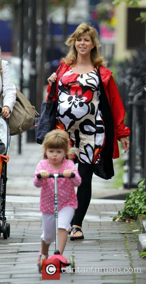 A Heavily Pregnant Kate Garraway Goes For A Stroll With Her Mother 2