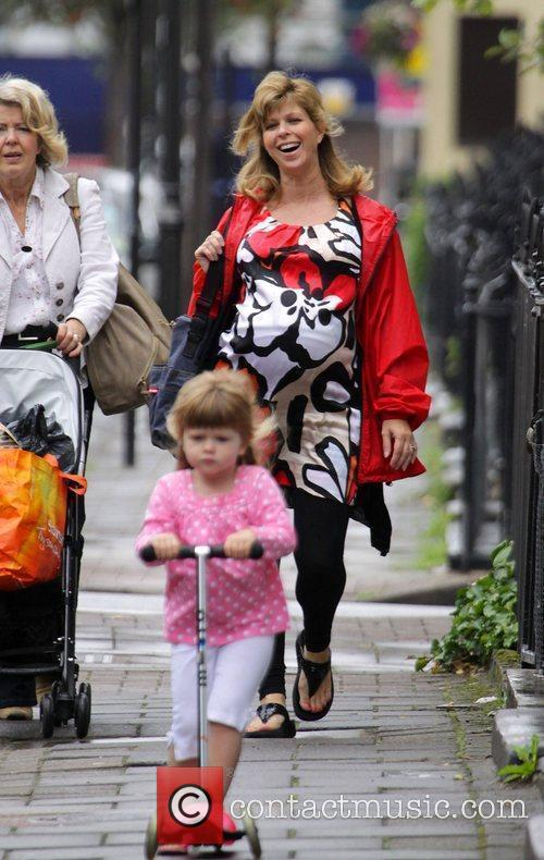 A Heavily Pregnant Kate Garraway Goes For A Stroll With Her Mother 3