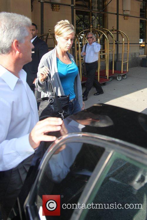 Kate Gosselin leaving her Manhattan hotel en route...