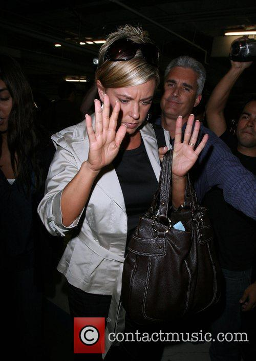 Kate Gosselin Is Greeted By A Frenzy Of Photographers As She Arrives At Loeb 5