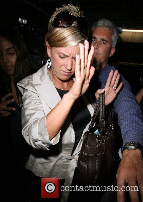 Kate Gosselin Is Greeted By A Frenzy Of Photographers As She Arrives At Loeb 9