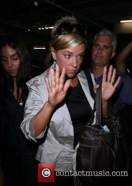 Kate Gosselin Is Greeted By A Frenzy Of Photographers As She Arrives At Loeb 6