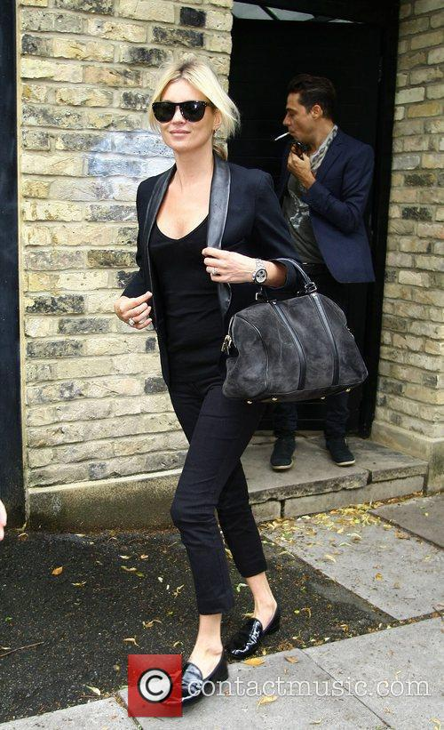Kate Moss  leaving her home with boyfriend...