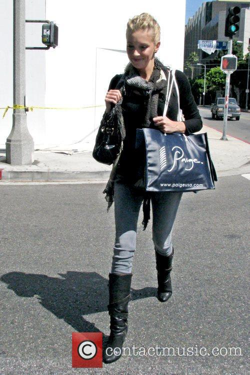 Katie Cassidy and Melrose Place 9