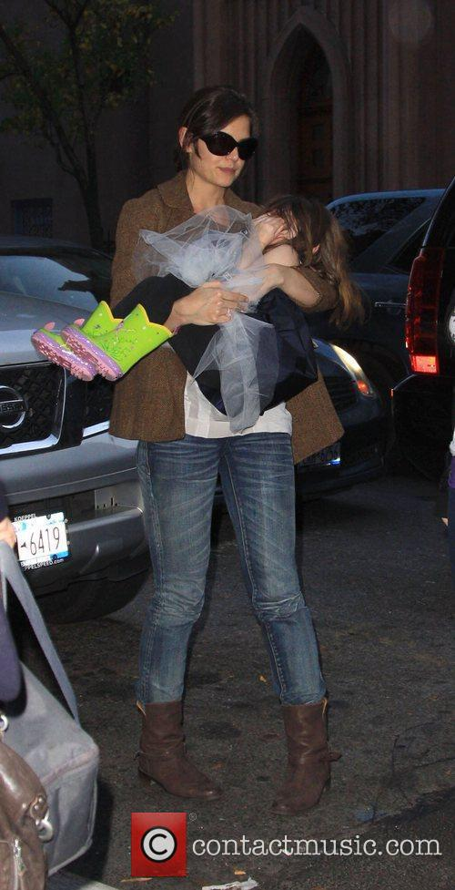 Katie Holmes arriving at Serendipity 3 with her...