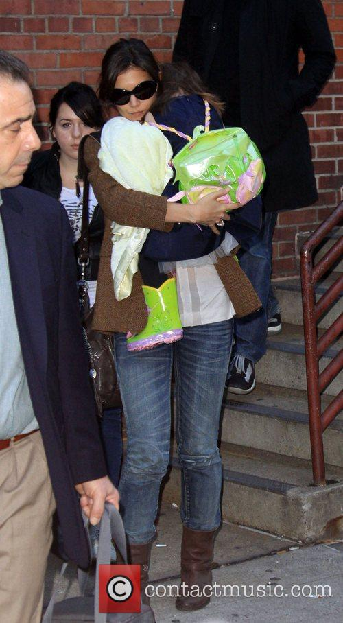 Katie Holmes at Serendipity 3 with her daughter...