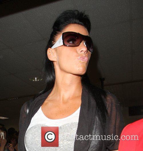 katie price wearing chopard sunglasses 2505530
