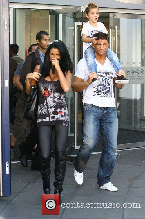Katie Price, Aka Jordan, Boyfriend Alex Reid and Son Junior 10