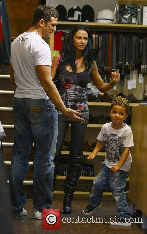 Katie Price, aka Jordan, with boyfriend Alex Reid and her son Junior 28