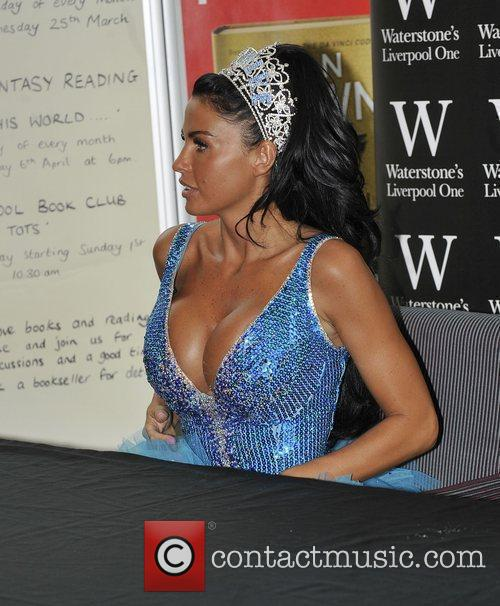 Katie Price, Aka Jordan, Signs Copies Of Her New Novel 'sapphire' Atkatie Price and Signs Copies Of Her New Novel 'sapphire' At Waterstones 3