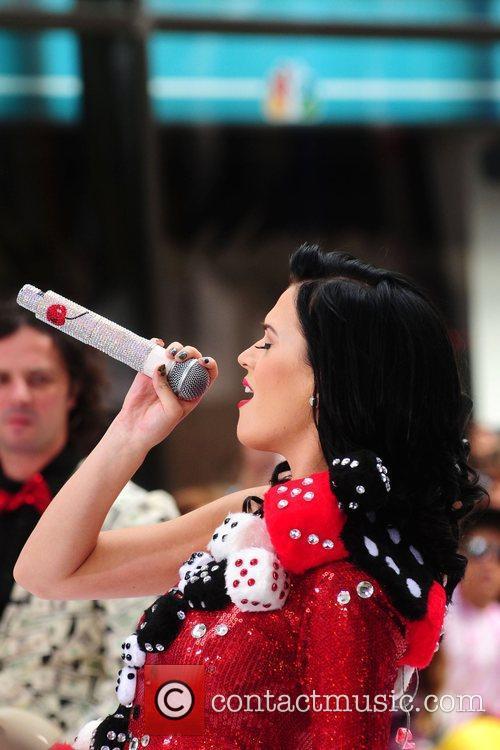 Katy Perry 44